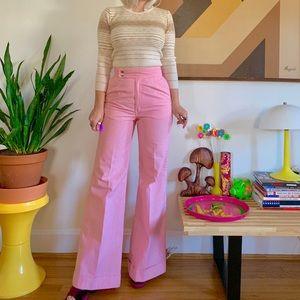 KILLER 1970s pink Wrangler bell bottoms 26x31